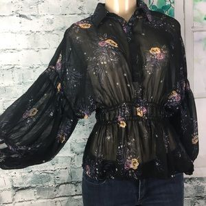 Forever 21 Contemporary Sheer Blouse Size Small